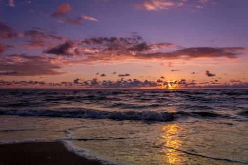 Sunrise Surf - D71_7988